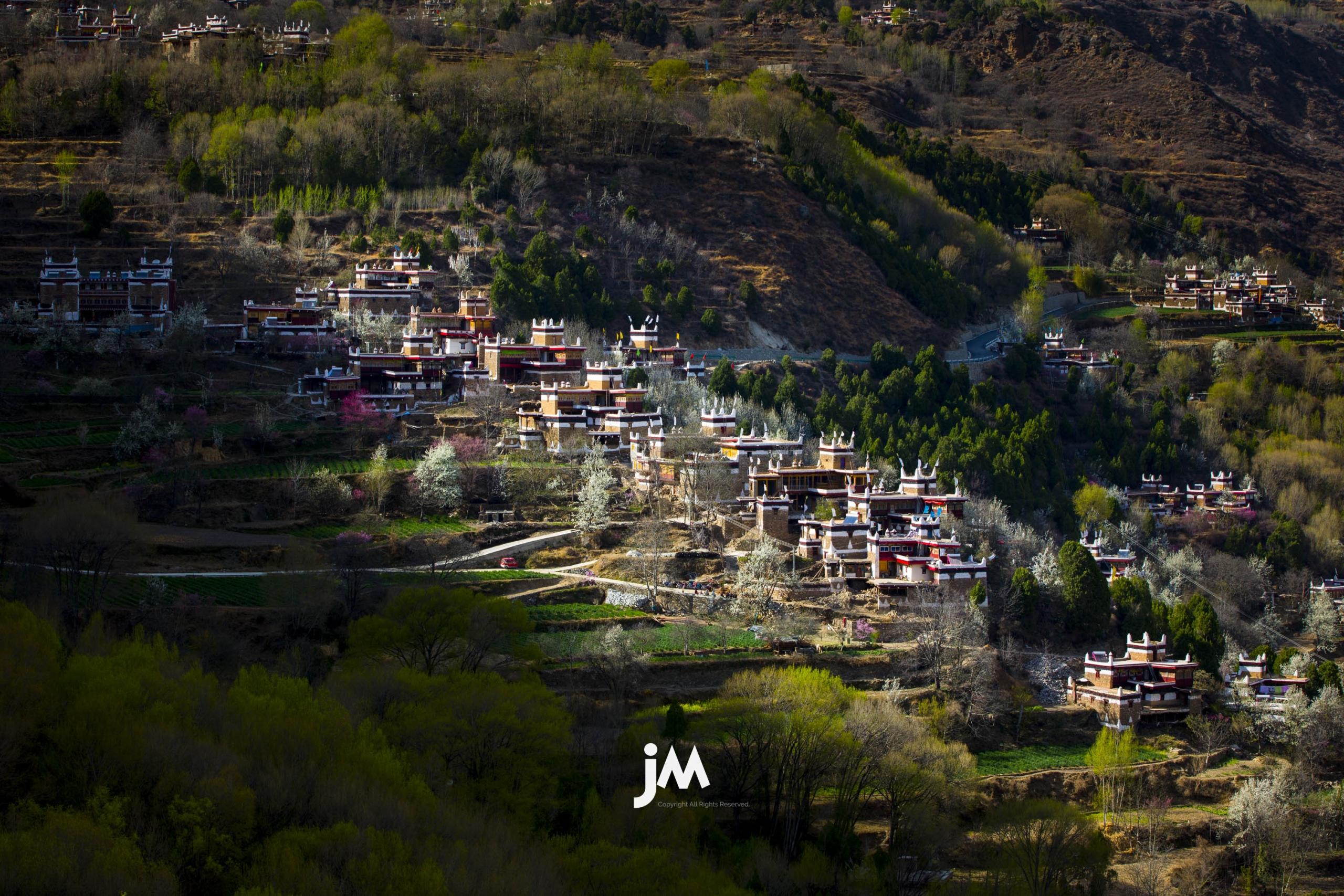 China – Sichuan Xinduqiao Photo Tour